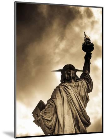 USA, New York, Statue of Liberty-Alan Copson-Mounted Photographic Print