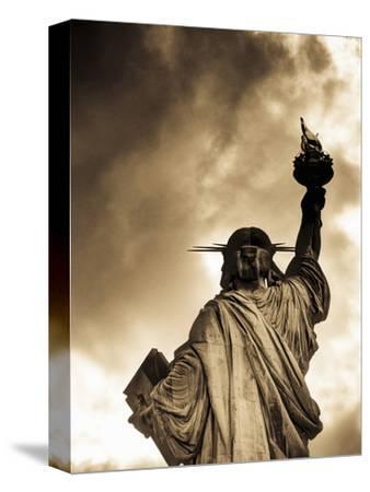 USA, New York, Statue of Liberty-Alan Copson-Stretched Canvas Print