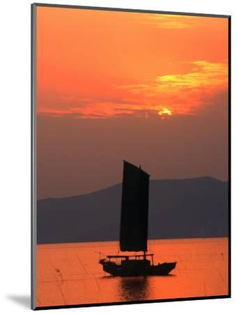 Fishing Boat Sailing Across Lake Taihu at Sunset, Wuxi, China-Keren Su-Mounted Photographic Print
