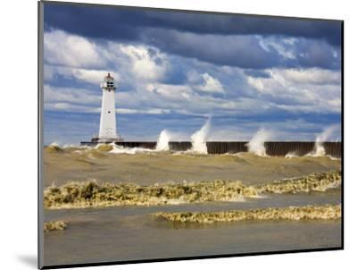 Sodus Outer Lighthouse, Sodus Point, Greater Rochester Area, New York State, USA-Richard Cummins-Mounted Photographic Print