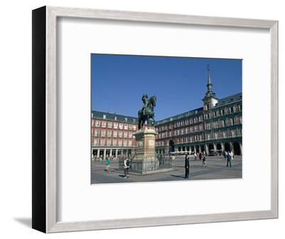 Plaza Mayor, Madrid, Spain, Europe-Marco Cristofori-Framed Photographic Print