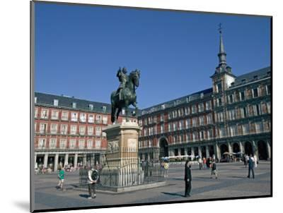 Plaza Mayor, Madrid, Spain, Europe-Marco Cristofori-Mounted Photographic Print