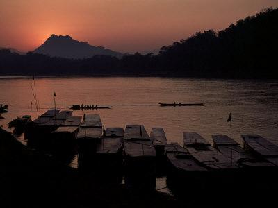 Sunset over the Mekong River, Luang Prabang, Laos, Indochina, Southeast Asia-Mcconnell Andrew-Photographic Print