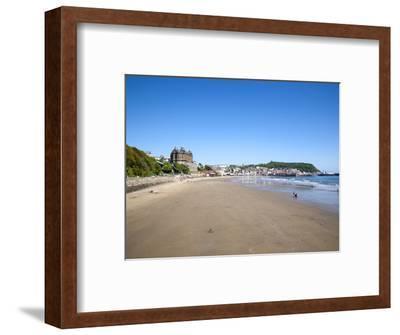 South Sands, Scarborough, North Yorkshire, Yorkshire, England, United Kingdom, Europe-Mark Sunderland-Framed Photographic Print