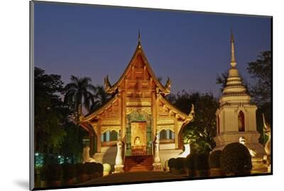 Wat Phra Singh, Chiang Mai, Thailand, Southeast Asia, Asia--Mounted Photographic Print