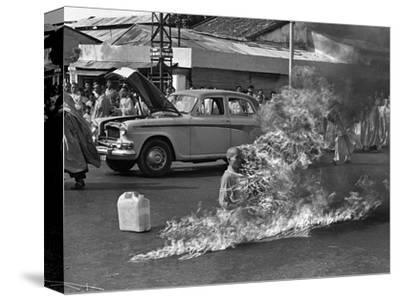 Vietnam Monk Protest-Malcolm Browne-Stretched Canvas Print