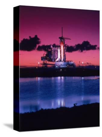 Space Shuttle Atlantis-Lonnie Duka-Stretched Canvas Print