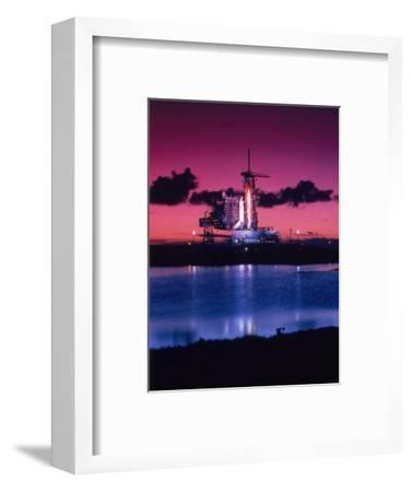 Space Shuttle Atlantis-Lonnie Duka-Framed Photographic Print