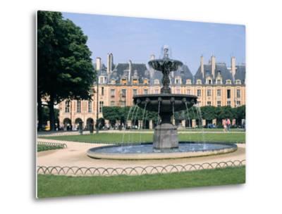 Place Des Vosges, Paris, France-Peter Thompson-Metal Print
