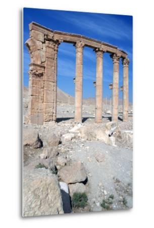 The Oval Piazza, Palmyra, Syria-Vivienne Sharp-Metal Print
