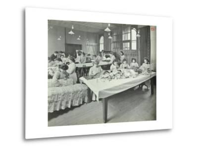 An Upholstery Class for Female Students at Borough Polytechnic, Southwark, London, 1911--Metal Print