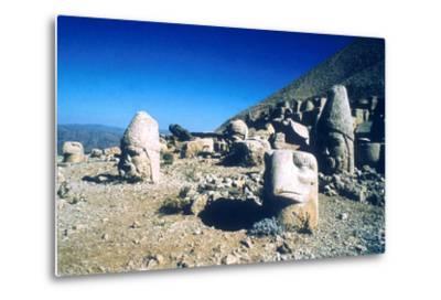 Ancient Stone Heads, Mount Nemrut, Adiyaman, Turkey-Vivienne Sharp-Metal Print