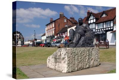 Sir Winston Churchill Statue, Westerham, Kent-Peter Thompson-Stretched Canvas Print