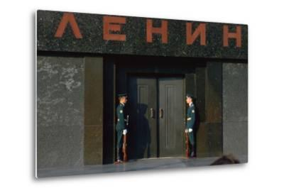 Lenins Tomb in Moscows Red Square-CM Dixon-Metal Print