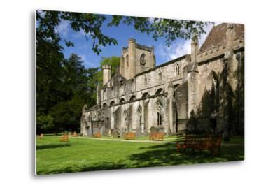 Dunkeld Cathedral, Perthshire, Scotland-Peter Thompson-Metal Print