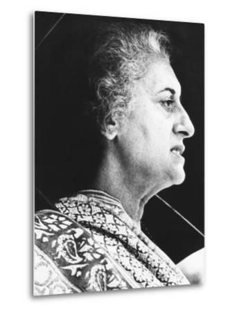 India's Prime Minister Indira Gandhi Speaks to Supporters on June 18, 1975--Metal Print