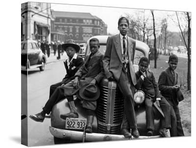 Southside Boys, Chicago, c.1941-Russell Lee-Stretched Canvas Print
