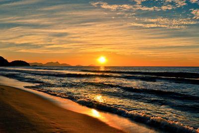 Beautiful Sunrise In The Beach-dabldy-Premium Photographic Print