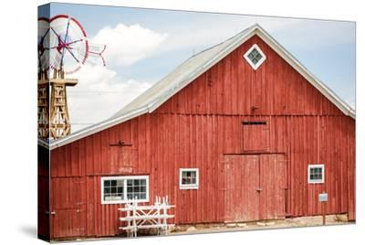 Red Barn-urbanlight-Stretched Canvas Print