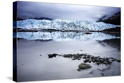 Alaska Glacier Lake - Wide Angle View-Leieng-Stretched Canvas Print