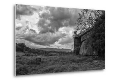 Mayberry Barn 2 BW-Bob Rouse-Metal Print