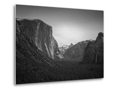 Tunnel View BW 2-Moises Levy-Metal Print