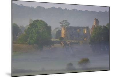 Misty Dawn over Sherborne Castle, Sherborne, Dorset, England-Brian Jannsen-Mounted Photographic Print