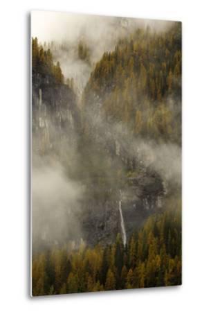 The Cascada Delle Comelle on the Liera River, Near Gares-Ulla Lohmann-Metal Print