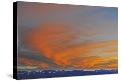 Sunset over the Palisade Region of the Eastern Sierra Nevada, Above the Owens Valley-Gordon Wiltsie-Stretched Canvas Print