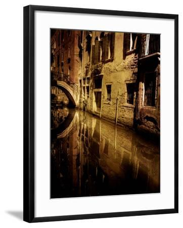 Skipworks-Tim Kahane-Framed Photographic Print