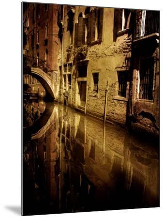 Skipworks-Tim Kahane-Mounted Photographic Print