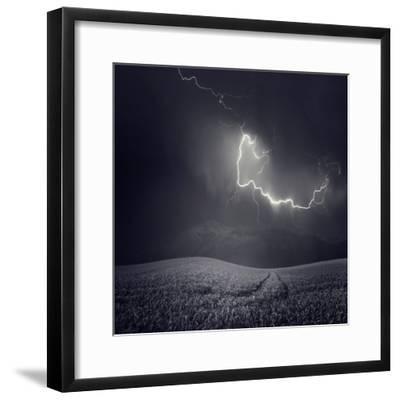 Zootz-Luis Beltran-Framed Photographic Print