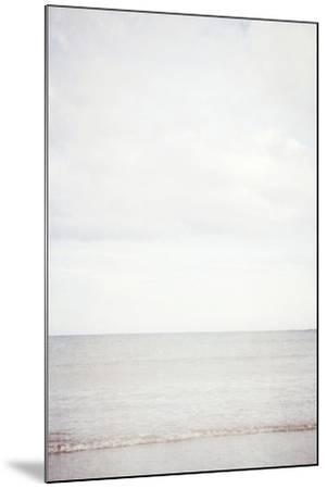 Lyall Beach 7-Susannah Tucker-Mounted Photographic Print