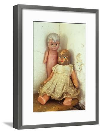 Female Dolls-Den Reader-Framed Premium Photographic Print