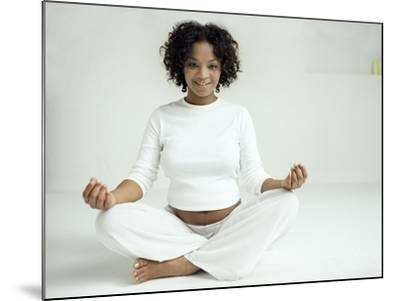 Yoga In Pregnancy-Ian Boddy-Mounted Photographic Print