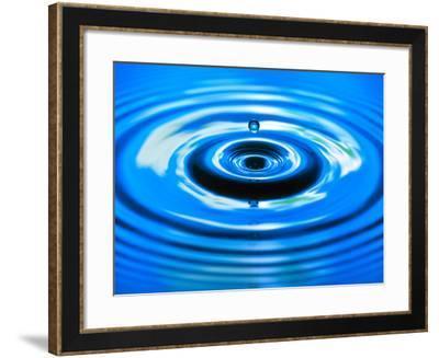 Water Drop Impact-Adam Hart-Davis-Framed Photographic Print