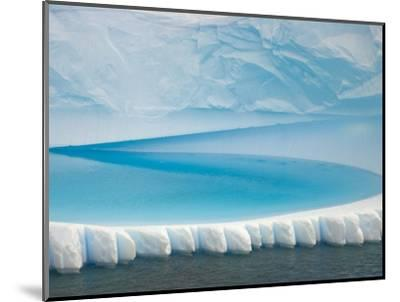 Stranded Iceberg in Shallow Bay Near Boothe Island-John Eastcott & Yva Momatiuk-Mounted Photographic Print
