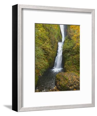 Bridal Veil Falls in autumn-John Eastcott & Yva Momatiuk-Framed Photographic Print