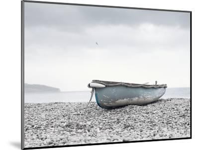 Boat at Beach in Devon-Simon Plant-Mounted Photographic Print