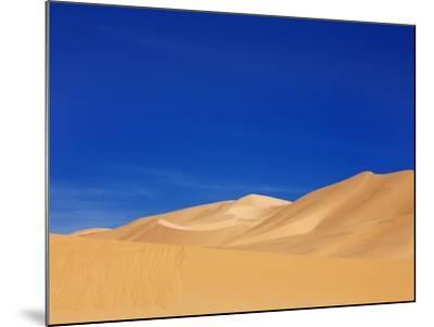 Sand dunes in Erg Admer in Algeria-Frank Krahmer-Mounted Photographic Print