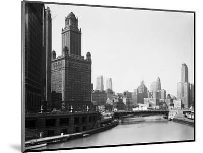 Chicago Skyline and River-Bettmann-Mounted Photographic Print