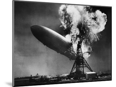 Hindenburg Explosion-Bettmann-Mounted Photographic Print