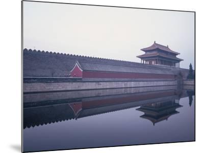 Moat Surrounding Forbidden City-Yang Liu-Mounted Photographic Print