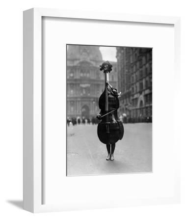 Walking Violin in Philadelphia Mummers' Parade, 1917-Bettmann-Framed Photographic Print