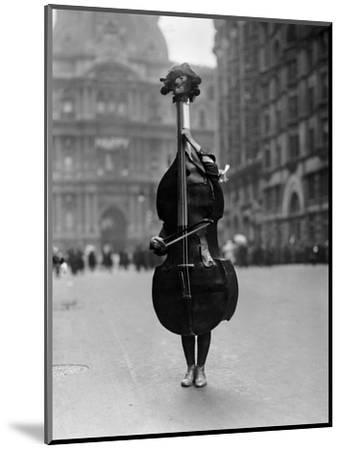 Walking Violin in Philadelphia Mummers' Parade, 1917-Bettmann-Mounted Photographic Print