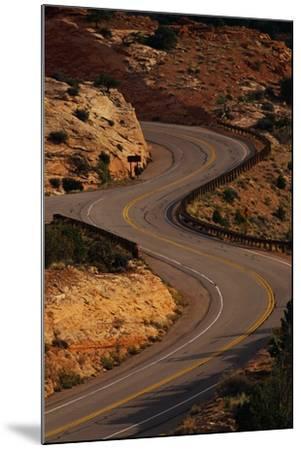 Winding Highway-Paul Souders-Mounted Photographic Print