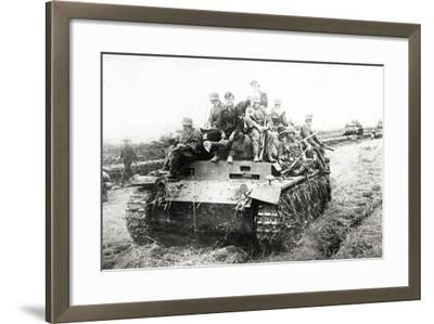 A German Panzer Pz Kpwiii Ausfe Tank--Framed Photographic Print