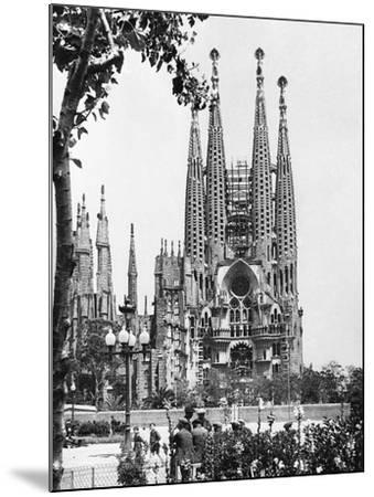 The Cathedral of the Sagrada Familia in Barcelona, 1939--Mounted Photographic Print