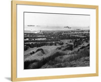 Dunkirk Evacuation--Framed Photographic Print