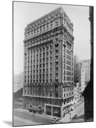 View of St Regis Hotel in NYC-Irving Underhill-Mounted Photographic Print